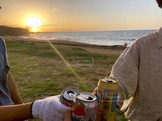 海,夕焼け,グラス,キャンプ,乾杯,休日,ドリンク,休み,楽しみ
