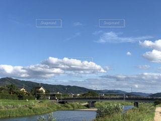空,秋,川辺