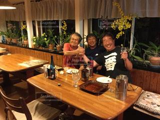男性 ・男性の方・笑顔・旅行・友人・日本人・ペンション。,岡山県・牛窓・瀬戸内海・