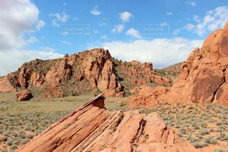 背景の山と渓谷の写真・画像素材[1194669]