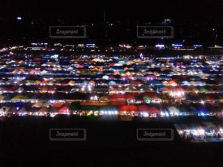 夜の街の景色の写真・画像素材[1206051]