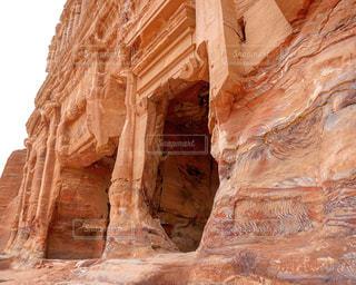 ヨルダンのペトラ遺跡の渓谷の写真・画像素材[1202182]