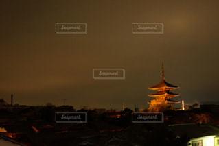 夜の街の景色の写真・画像素材[1394555]