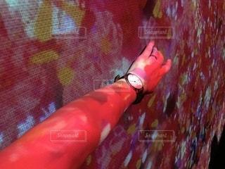 大阪,ピンク,腕時計,壁,あべのハルカス,チームラボ,プロジェクションマッピング,knot,ハルカス美術館