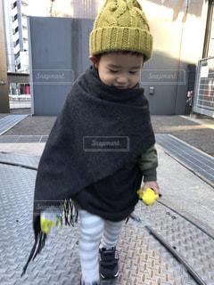 帽子をかぶった小さな男の子の写真・画像素材[1685291]