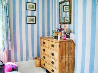 小さい寝室の写真・画像素材[1261253]