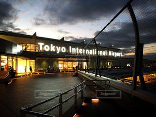 空,夕日,屋外,空港,夕陽,成田,斜線構図