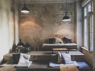 インテリア,部屋,室内,テーブル,ソファ,ドイツ,ベルリン,ゆったり