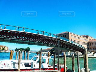 ヴェネツィア 鉄道駅前の橋の写真・画像素材[1217430]