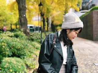 帽子をかぶっている人の写真・画像素材[1629902]