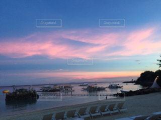 セブのビーチの夕焼けの写真・画像素材[1207768]