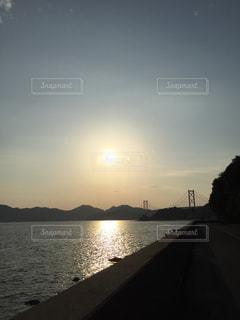 広島県尾道市向島の夕陽の写真・画像素材[1207778]