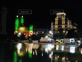 雨の夜には緑、交通光の写真・画像素材[1220281]