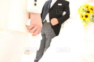 ウェディング ドレスを着ている人の写真・画像素材[1249546]