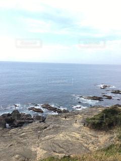 岩のビーチの写真・画像素材[1202415]