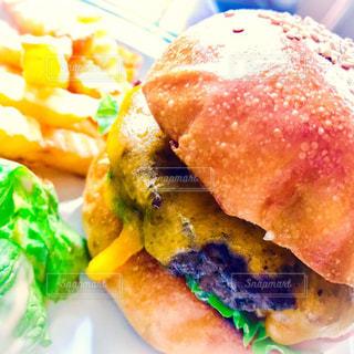 ハンバーガー,アメリカ,パン,おいしい,ハンバーグ,フライドポテト,お肉,ファストフード,チーズバーガー,食欲,ガッツリ