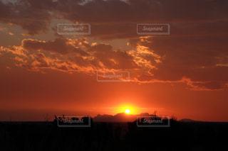 空,夕日,太陽,オレンジ,日没