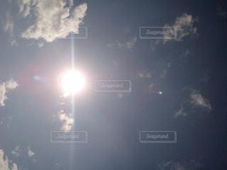 海,夏,太陽,青空,暑い,日差し,眩しい,夏バテ,熱中症,sun,ギラギラ,紫外線,暑さに負けるな,直射