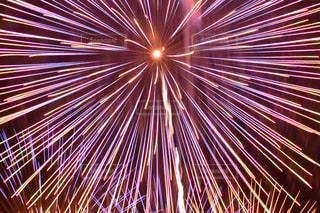 空に花火の写真・画像素材[1310572]