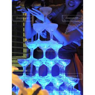 シャンパンタワーの写真・画像素材[1412426]
