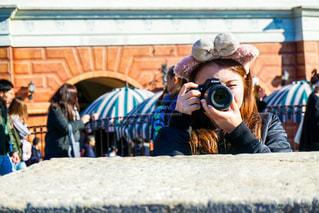 カメラ女子の写真・画像素材[1830249]