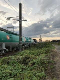 夕焼け,曇り空,貨物,貨物列車