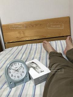 お部屋,足,部屋,時計,癒し,布団,服,ティッシュ,のんびり,ふとん,ベット