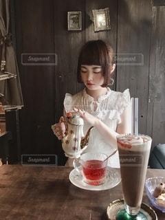 毒林檎の紅茶と姫カットとの写真・画像素材[2648179]