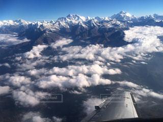 世界の屋根 ヒマラヤのエベレストを臨む絶景遊覧飛行の写真・画像素材[1210300]