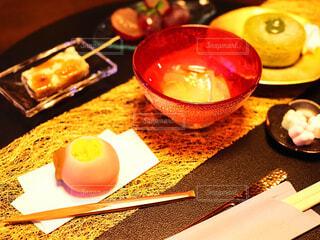 食べ物,スイーツ,和菓子,デザート,テーブル,おやつ,皿,食器,お菓子,おいしい,器,和,ほっこり,菓子,調理器具,大皿,和スイーツ,受け皿