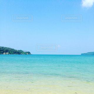 サマーブルーの海の写真・画像素材[1314027]
