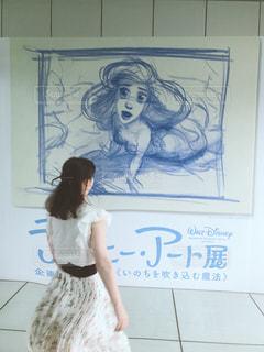 女性,30代,白,アート,東京都,お台場,ホワイト,日本科学未来館,ディズニーアート展,白コーデ