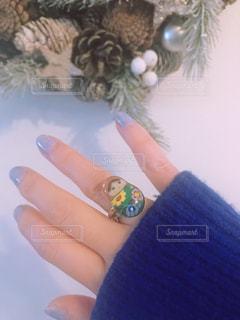 ラベンダーネイル と お気に入りの指輪の写真・画像素材[1752377]