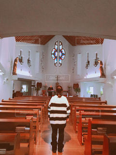 女性,後ろ姿,旅,教会,長崎,立ち姿,神聖な場所