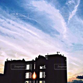 都会の高い建物の写真・画像素材[2426047]