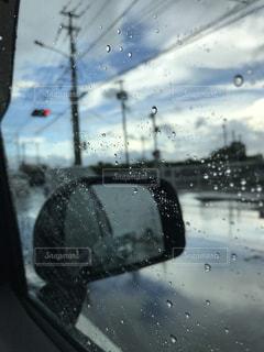 空,雨,綺麗,車,水滴,水たまり,雨上がり,路上,日中