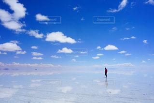 ウユニ塩湖の写真・画像素材[1217934]