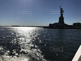 水の大きな体の写真・画像素材[1390306]