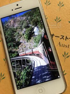 キュランダ高原列車とストーニークリーク滝の写真・画像素材[1449980]
