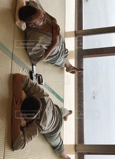温泉で寛ぐ外人男性の写真・画像素材[1454267]