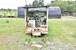 廃墟の電車の写真・画像素材[1222656]