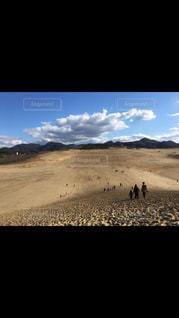 砂の中の雲のグループの写真・画像素材[1235646]