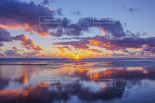 海,空,夕日,ビーチ,砂浜,夕焼け,ニュージーランド,鏡張り