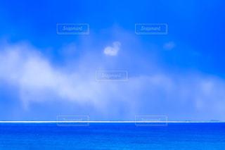 海,雲,青空,青い海,水平線,ハート,heart,ハートの形,ハートの雲