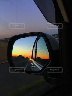 自然,空,夕日,夕焼け,車,夕陽