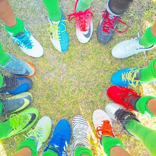 スポーツ,カラフル,仲良し,サッカー,運動,仲間,応援,スパイク,チーム,円陣