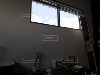 屋内,青空,部屋,窓,のんびり,まったり,ゆったり