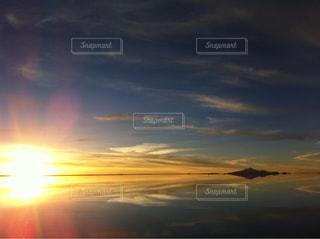 空,夕日,ウユニ塩湖,ボリビア