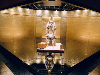 黄金の鎧兜の写真・画像素材[1237413]