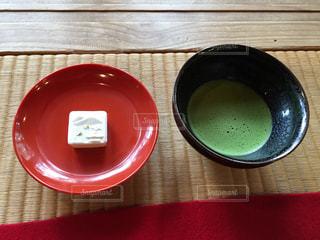 らくがんとお抹茶の写真・画像素材[1670177]